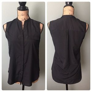 H&M size 6 black sleeveless blouse!